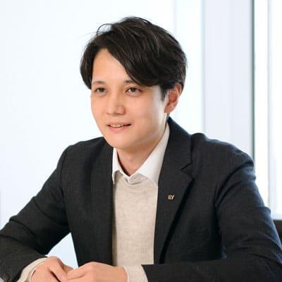 EY新日本有限責任監査法人 アシュアランスイノベーション本部 AIラボ シニア 日本公認会計士協会準会員 市川 義人